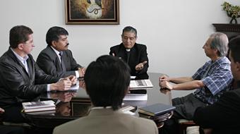 reunión con Monseñor Jaime Bravo-CEE