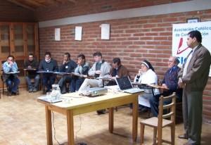 Comunicadores católicos debaten los derechos a la comunicación en la nueva Constitución